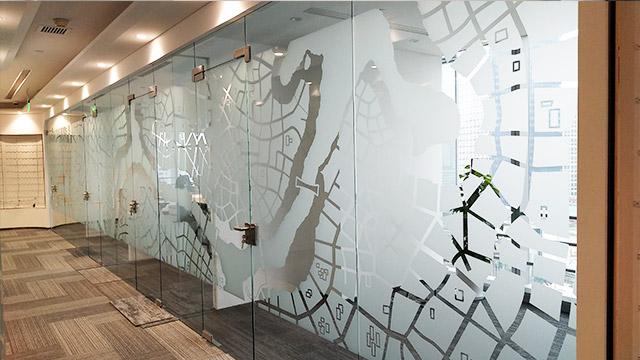 双潇玻璃贴膜分享贴玻璃隔热膜的好处!