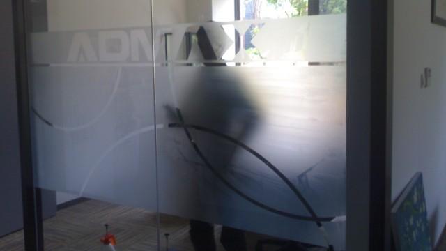 办公室玻璃磨砂膜