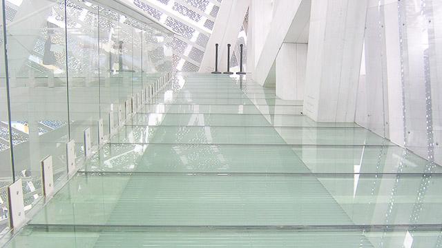 钢化玻璃需要贴防爆膜吗?有什么好处?