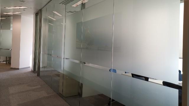 上海玻璃磨砂贴膜的优点有哪些?