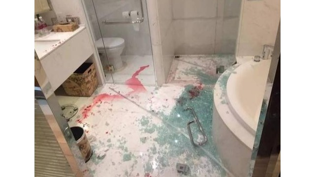 酒店淋浴房玻璃频频自爆太危险,贴防爆膜很关键!