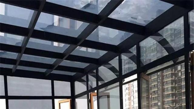 窗户玻璃贴膜